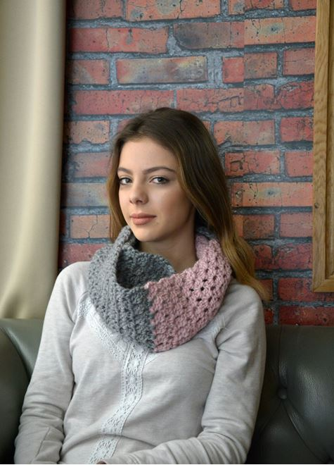 Picture of Candy Crush Scarf in Pink and Gray