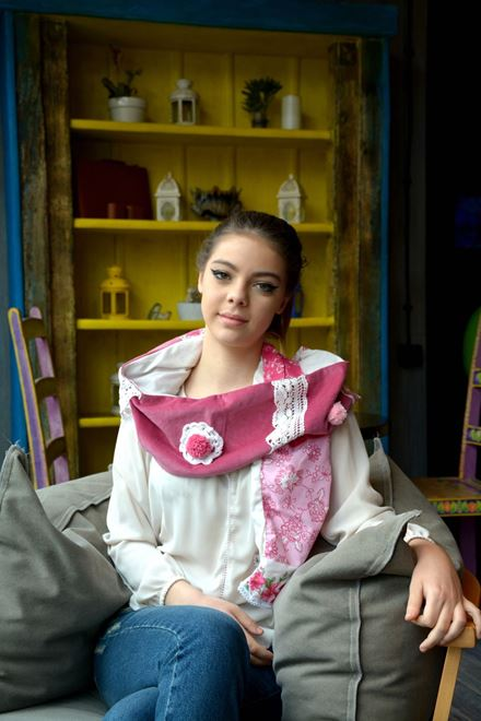 Picture of Frida's Flowers Scarf #2
