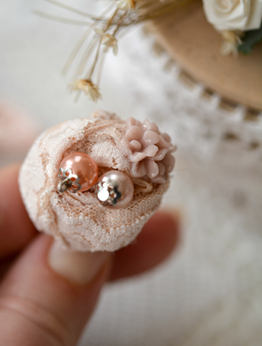 Picture of Romantic Ring in Peach