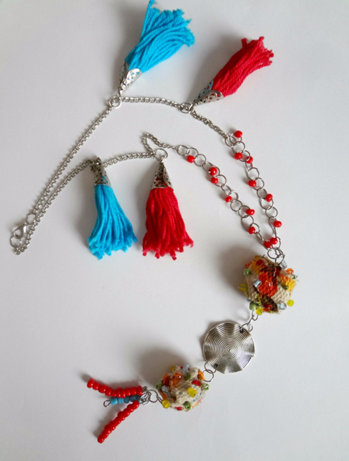 Picture of Red & Blue Tassel Necklace