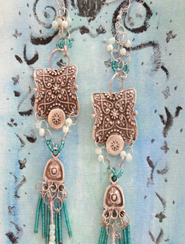 Picture of Romantic Boho Earrings in Green
