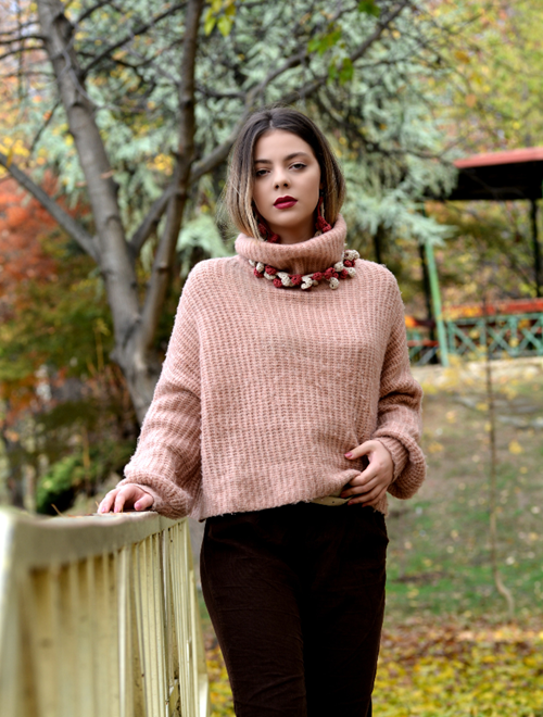 Picture of Blush Autumn - crochet necklace and earrings